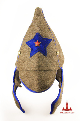 "Hat ""Budenovka konarmeytsa""   Cloth headdress, adopted January 16, 1919 as a distinctive attribute of the Red Army uniforms. Blue star sewn on the front part of the conical headgear with a visor and neck for parts of mounted armies, the first of which was Cavalry Division Semyon Mikhailovich Budyonny. That is why the headdress and became known as ""Budenovka»."